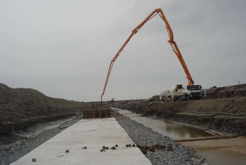 水泥助磨剂水解液的粉体设备和液体的操作方法有哪些不一样-保坍剂